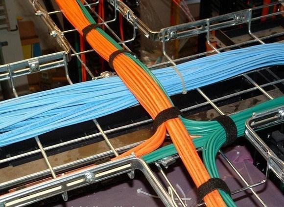 Линия связи от роутеров