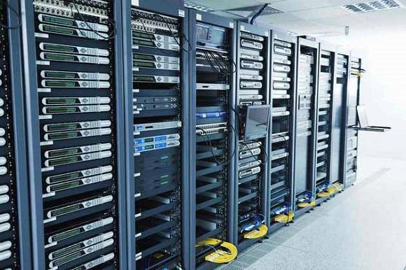 Серверная комната выглядит круто
